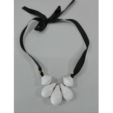 COLLAR LAGRIMAS BLANCO
